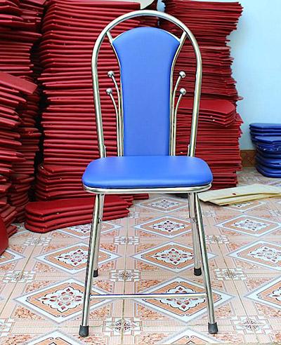 Ghế tựa inox bi màu xanh